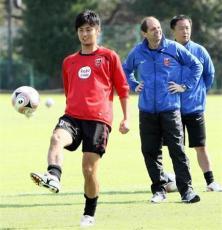 清水、浦和・FW永井を完全移籍で獲得